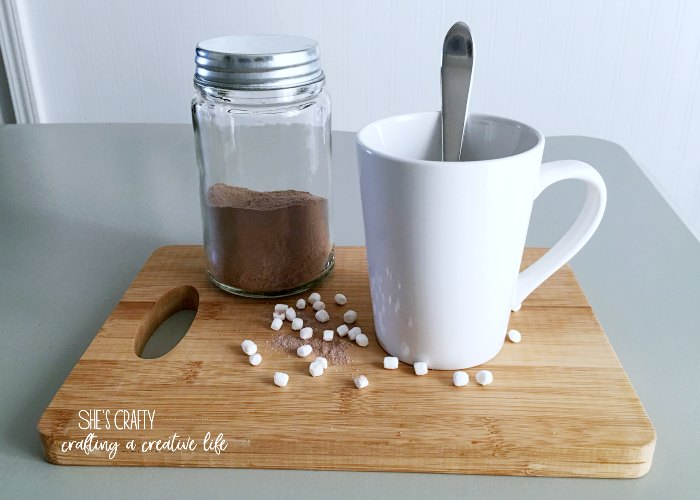 warm drinks, cocoa, marshmallows, hot chocolate, white mugs