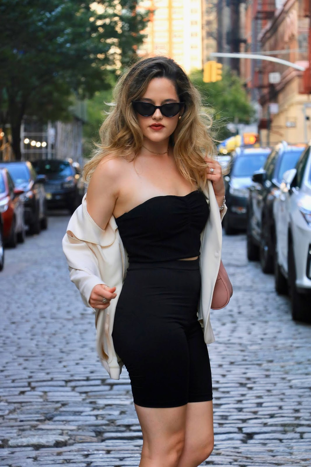 Nyc fashion blogger Kathleen Harper's tube top outfit idea.