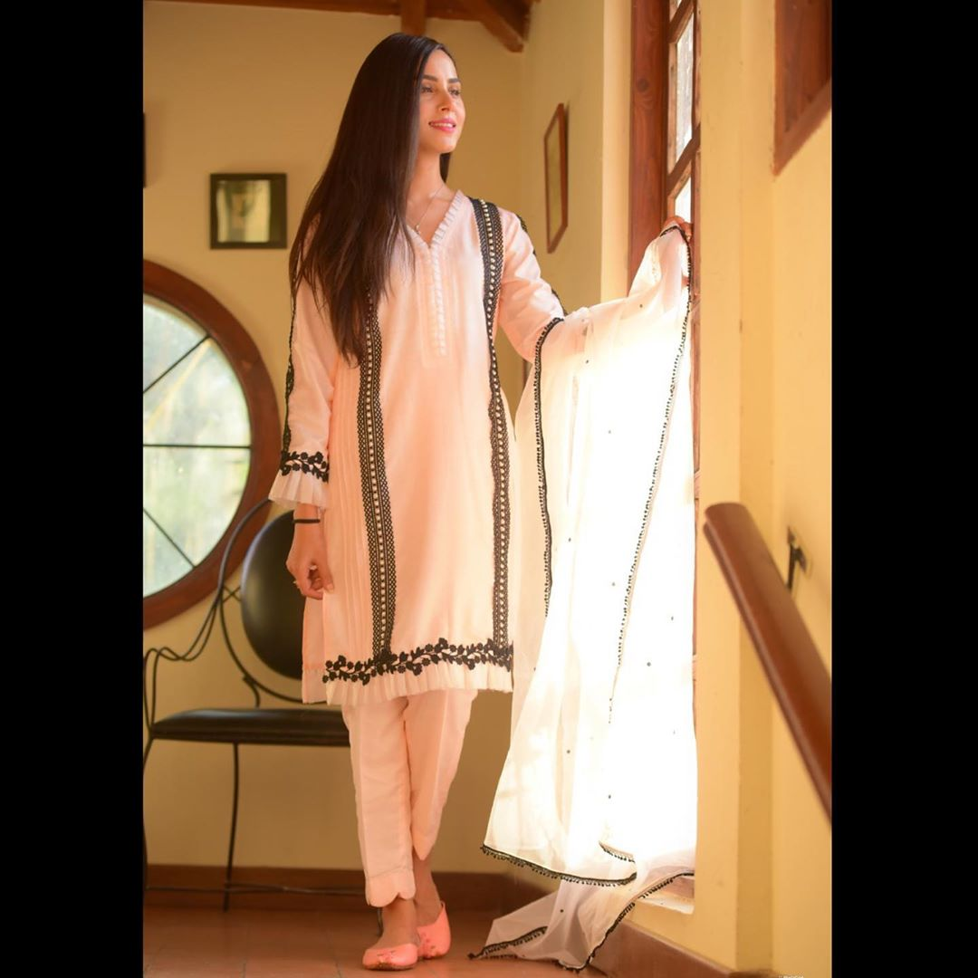 Nimra Khan new pictures