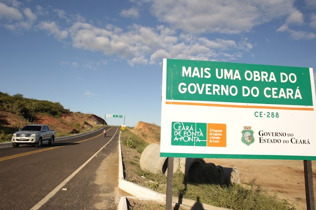 Governo do Ceará entrega 13,4 quilômetros de rodovia pavimentada no Cariri