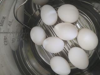 Kirti's Kitchen Katta: Boiled Eggs in Instant Pot