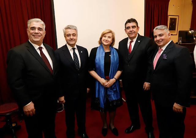 ομιλητές και πρόεδρος του Συλλόγου Αθηναίων