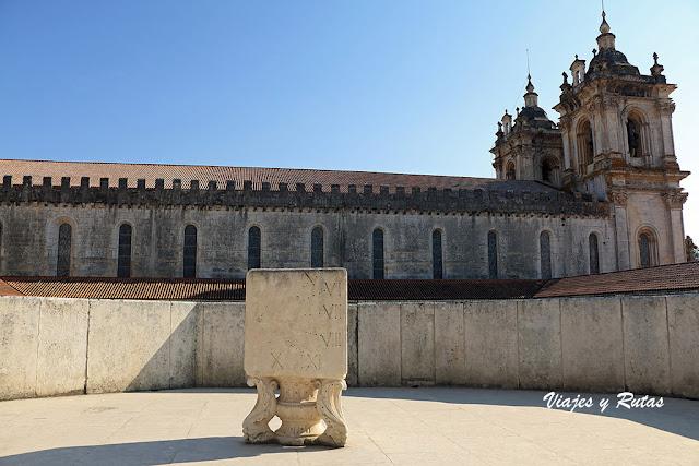Lateral de la iglesia del Monasterio de Alcobaça