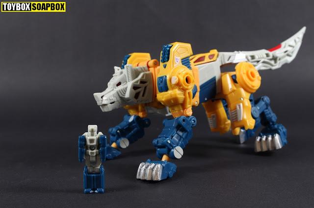 titan master monxo with wolfwire