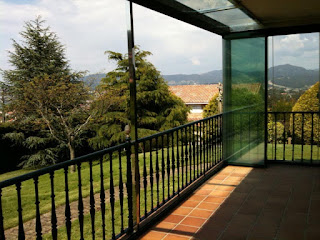 Acristalamiento de terrazas con perfiles de aluminio.