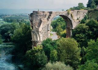 Risultati immagini per ponte d'augusto narni