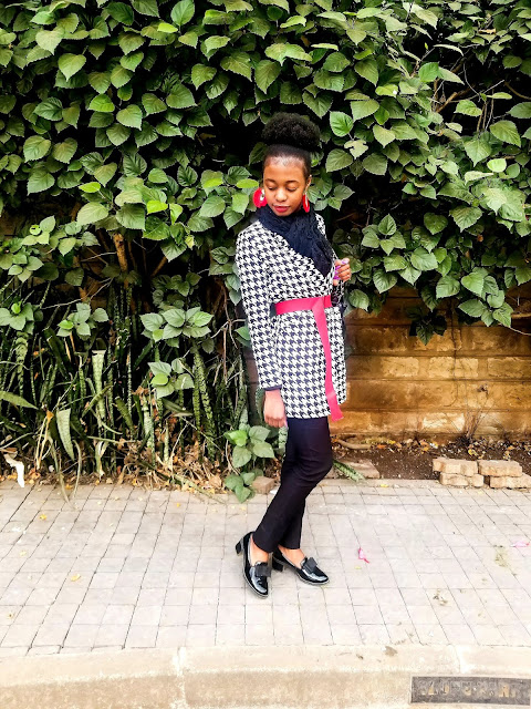 How To Style A Houndstooth Blazer In Cold Weather