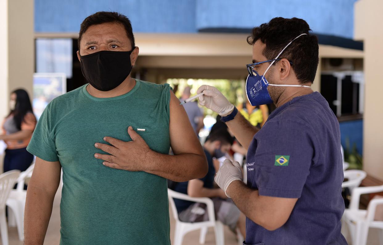 No Whatsapp da OAB, advogada detona vacinação desorganizada em Santarém