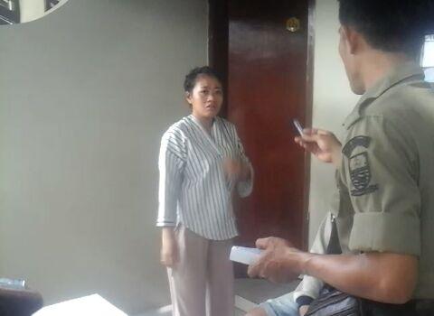 Wanita Cantik Ini Ngerayu Satpol PP Saat Kena Razia di Kamar Hotel Cirebon, Lihat Nih Videonya Bikin…