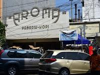 Kopi Aroma, Legenda Kopi Kota Kembang, diantara Gempuran Cafe dengan berbagai Kopi Spesialty