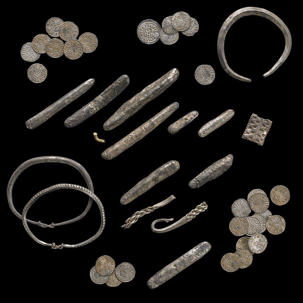 Viking Metal Tracing Viking Loot