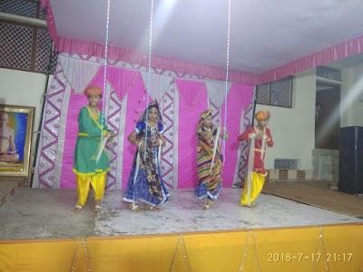 बामौर कलाँ में भी निकाली गई आचार्यश्री के संयम स्वर्ण महोत्सव पर भव्य शोभायात्रा