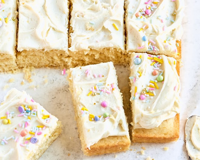 Vanilla Sheet Cake with Whipped Buttercream Frosting #cake #recipes