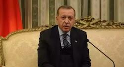 Ο Ερντογάν εξαπέλυσε βολές κατά της Ελλάδας για το κλείσιμο των συνόρων και κατηγόρησε τον Κυριάκο Μητσοτάκη ότι δεν εφαρμόζει το Διεθνές Δί...