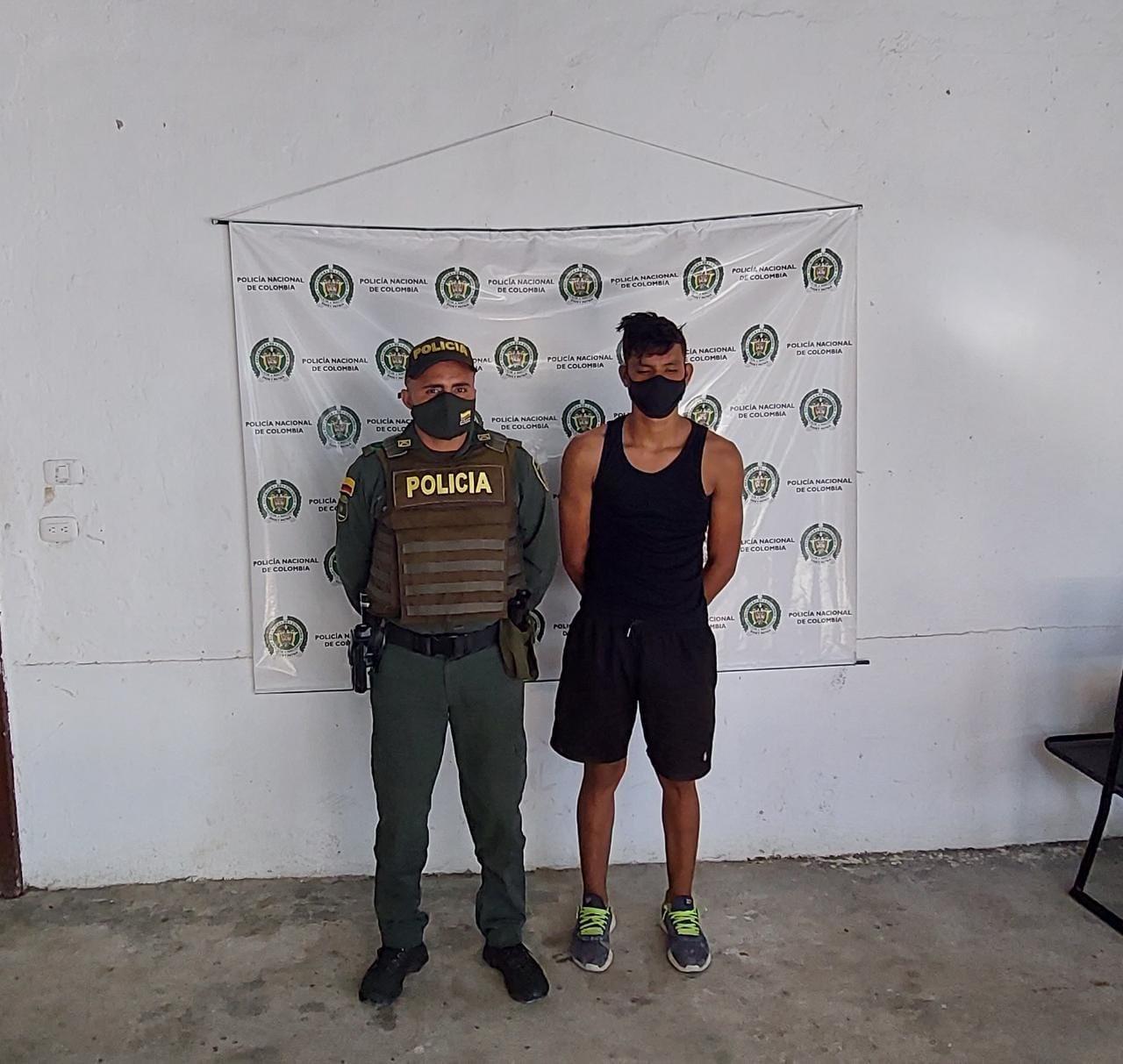hoyennoticia.com, Se voló del Ejército y la Policía lo pilló en Gamarra