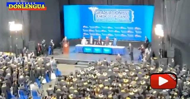 Otorgaron TÍTULOS Y TÍTULAS  a los médicos cirujanos recién graduados