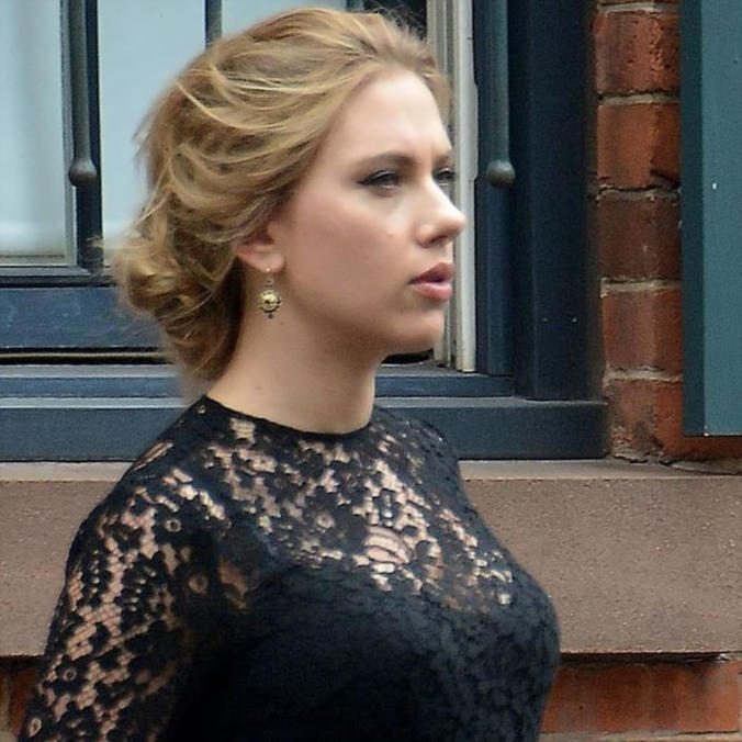 Scarlett Johansson Super Hot Pics