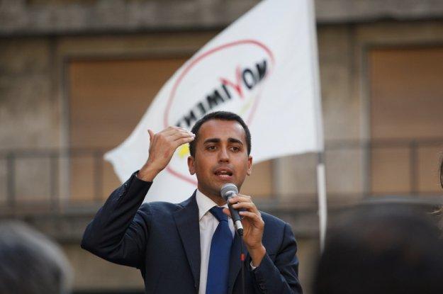 Ντι Μάιο: Κομισιόν και Μέσα Ενημέρωσης θέλουν να ρίξουν την κυβέρνηση