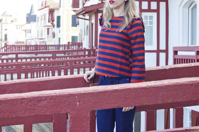 "Navy & ""rouge"" outfit"