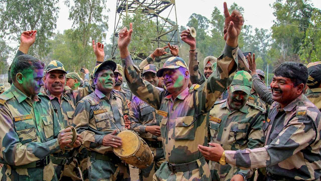 Holi Status For Army in Hindi