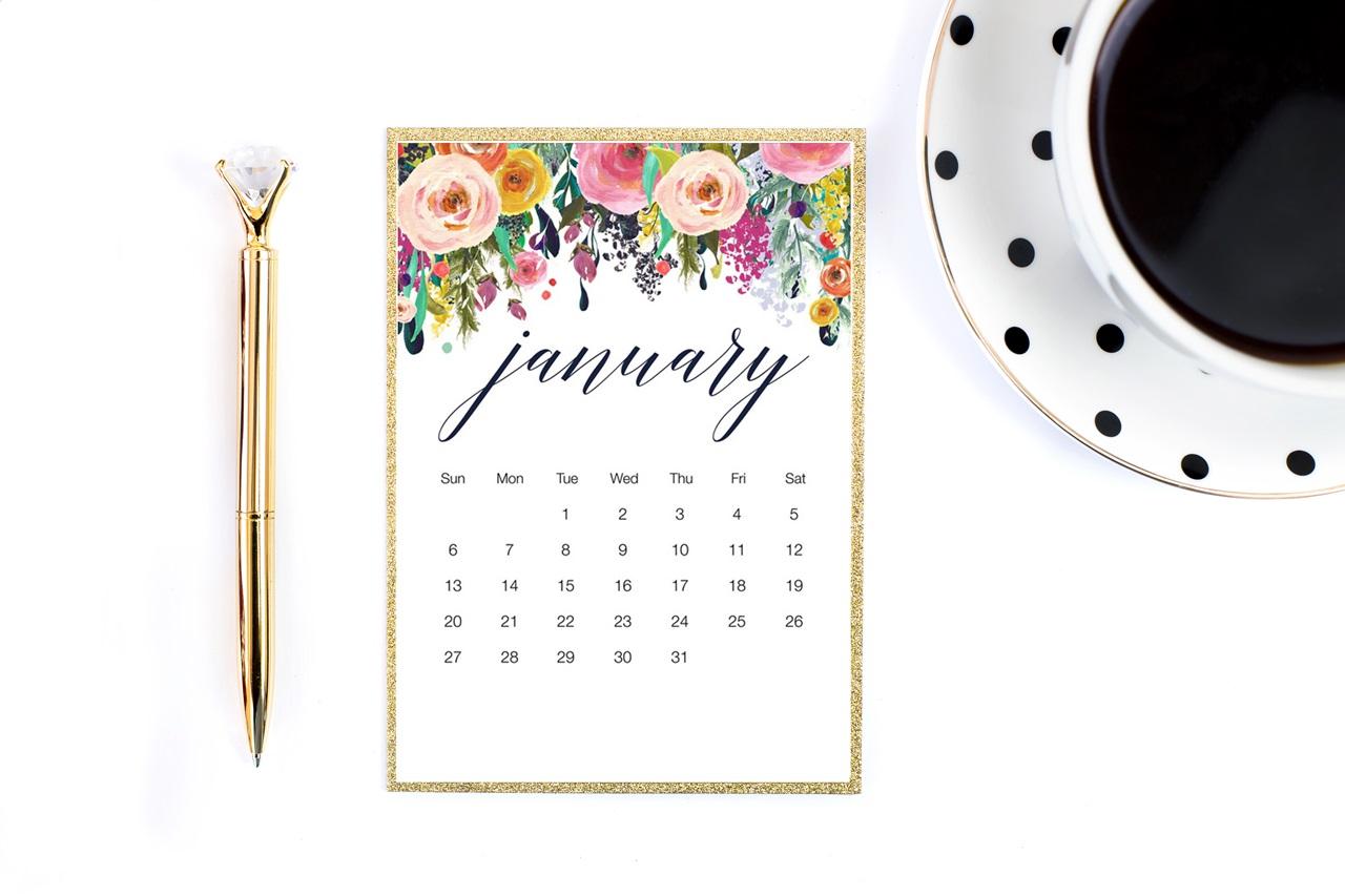 piękny kalendarz 2019 do druku do pobrania za darmo - kwiatowe wzrory