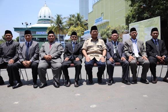 Prabowo Bertemu Pimpinan Pondok Pesantren Gontor