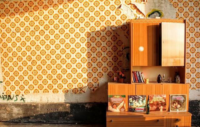 memasang-wallpaper