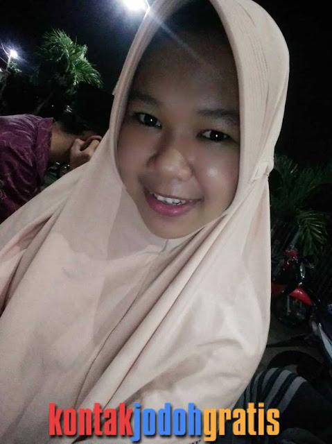 Nia indriana Guru Manis Cari Jodoh PNS Surabaya