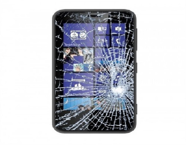Thay mặt kính Lumia 630 giá rẻ