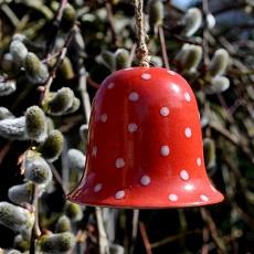 Gartenkeramik für das Frühjahr