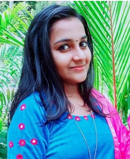 Actress Aparna as Aneeta Thomas (young Anitha ) in Bhramanam serial