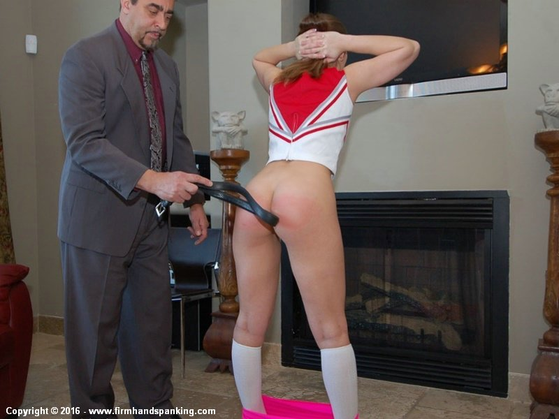 dani daniels cheerleader