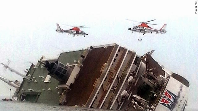 Image: Ship with 476 passengers sinks off South Korea