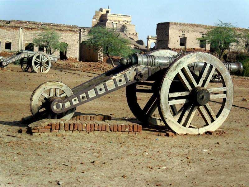 Derawar Fort Ancient Canon visit