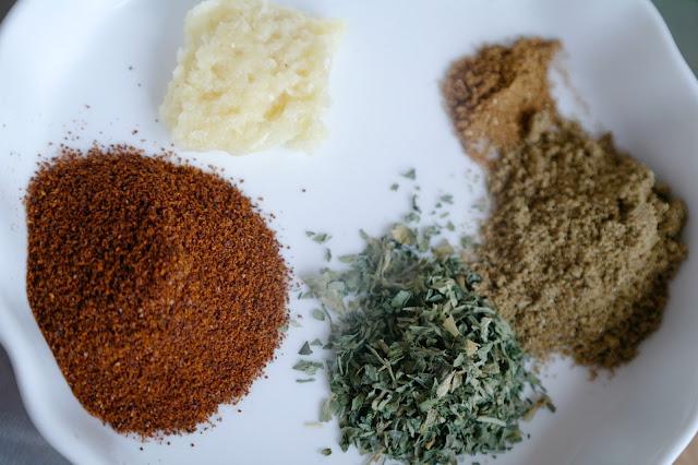 kryddor till butter chicken