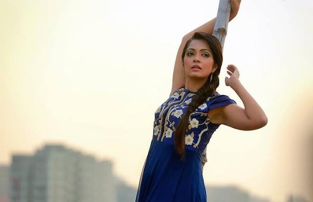Sheena Chohan New Photos