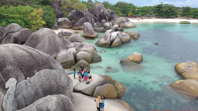 Terkenal Dengan Wisatanya, Yuk Simak Paket Wisata Belitung Terbaik Disini
