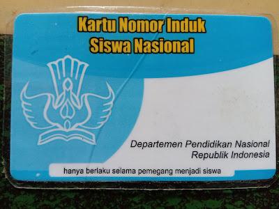 Bagian belakang Kartu Nomor Induk Siswa Nasional