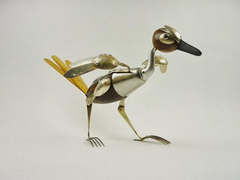 13-Road-Runner-Sculptor-Recycled-Animal-Sculptures-Dean-Patman-Graphic-Design-www-designstack-co
