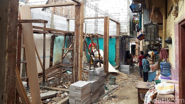 NasDem DKI Bingung Rumah Langganan Banjir Direnovasi ala Panggung
