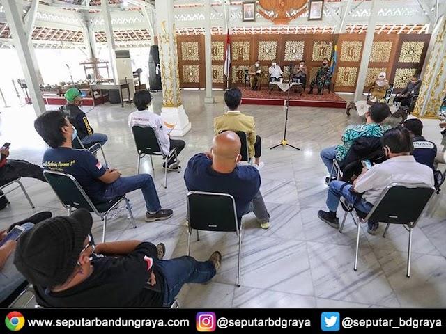 Wali Kota Fasilitasi Keberatan Warga Kota Bandung ke Pemerintah Pusat Terkait Perpanjangan PPKM Darurat