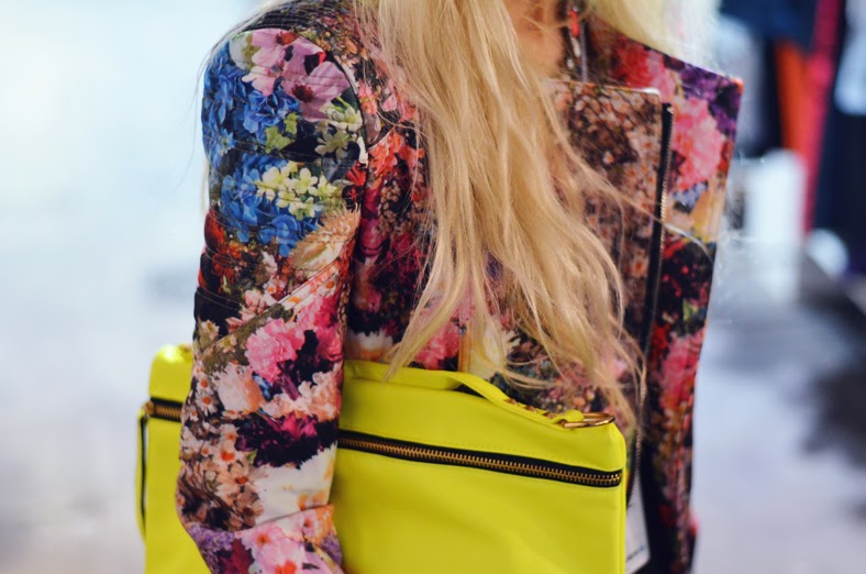 FASHION WEEK LOOK : FLORAL BIKER JACKET & NEON DETAILS