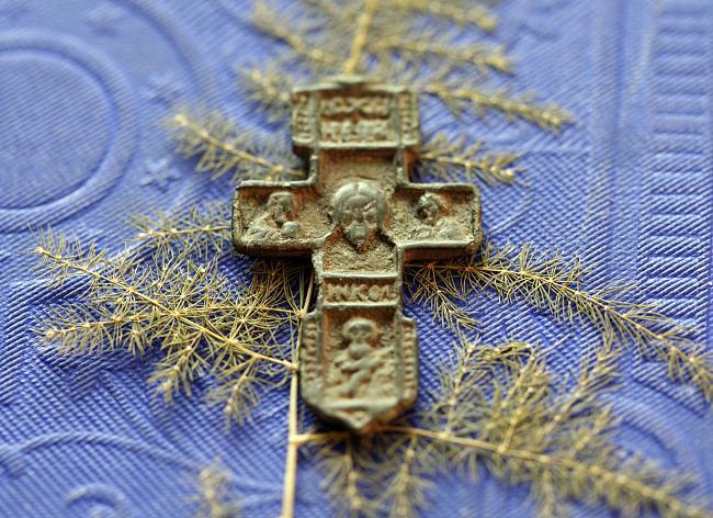 Нужно ли снимать крестик во время секса