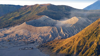 Mount Bromo Midnight Tour from Probolinggo