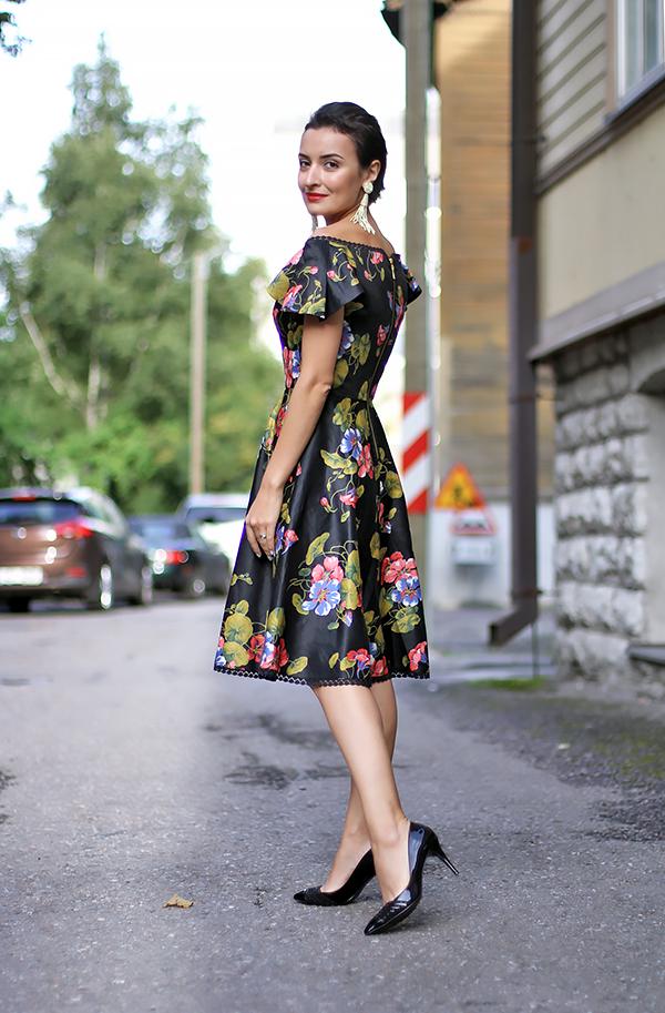 retro style floral dress