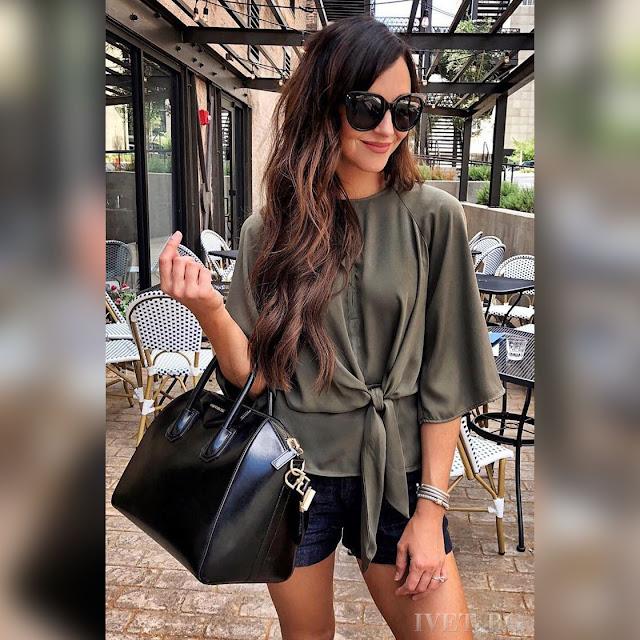 Γυναικεία χακί μπλούζα SILENSA KHAKI