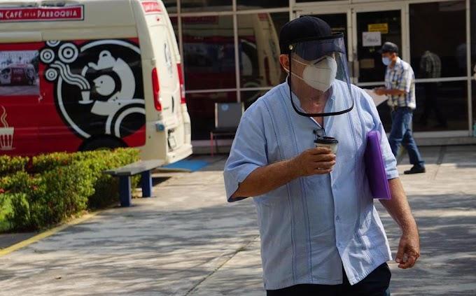 Así es el ambiente en centros de vacunación de Veracruz