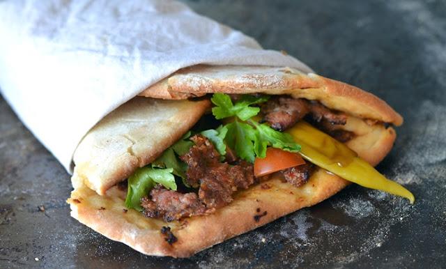 Lahmacum Sandwich