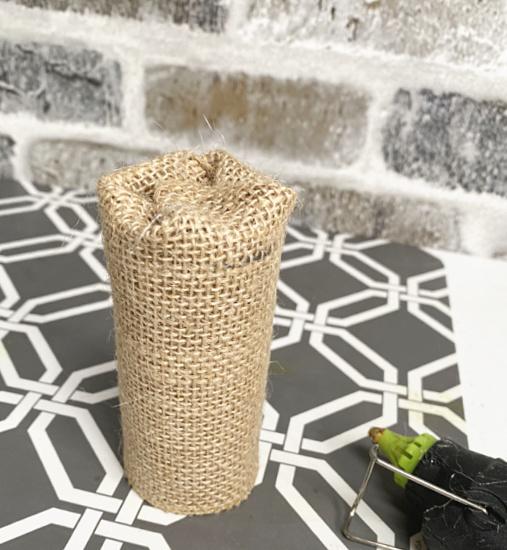 burlap around toilet paper tube
