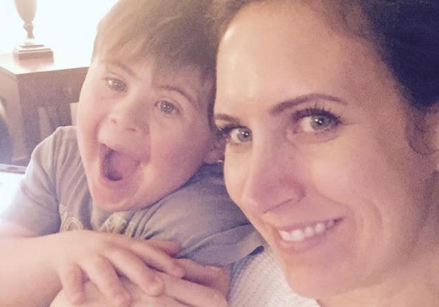 Mãe de menino com Síndrome de  Down publica no Facebook uma carta aberta  após seu filho ser excluído de festa